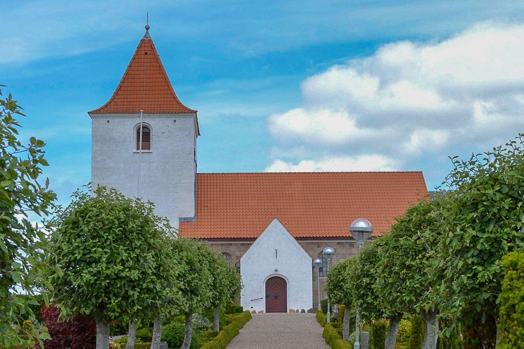 Ørding Kirke Foto 1