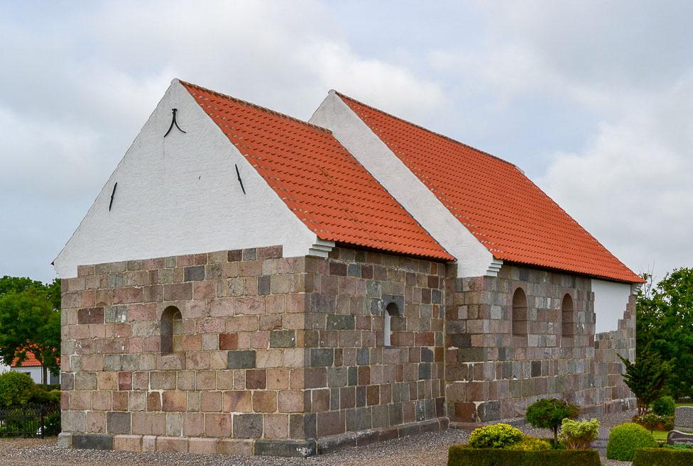 Tæbring Kirke