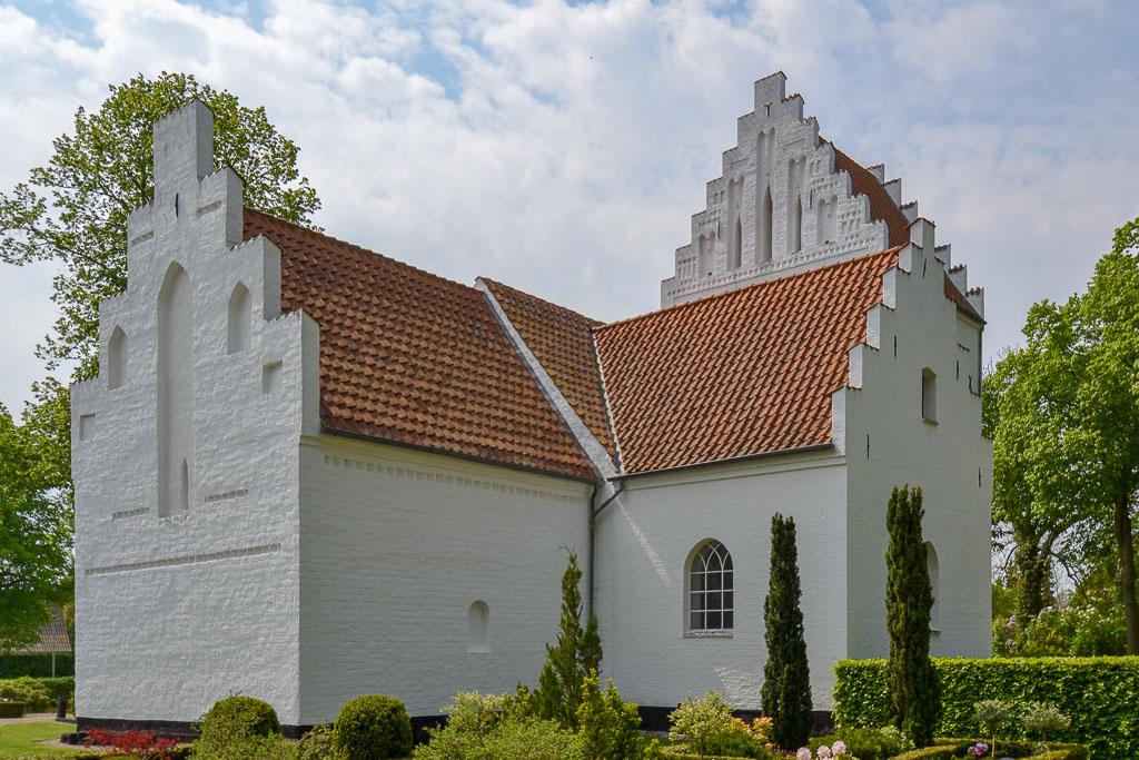 Birkende Kirke foto 3