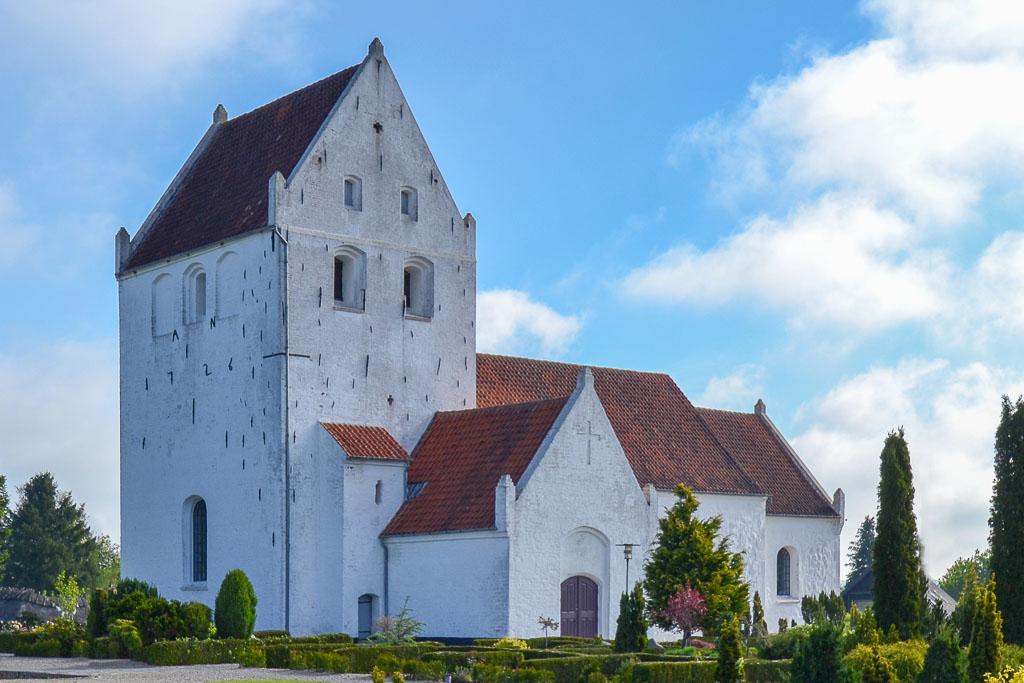 Brylle Kirke foto 1