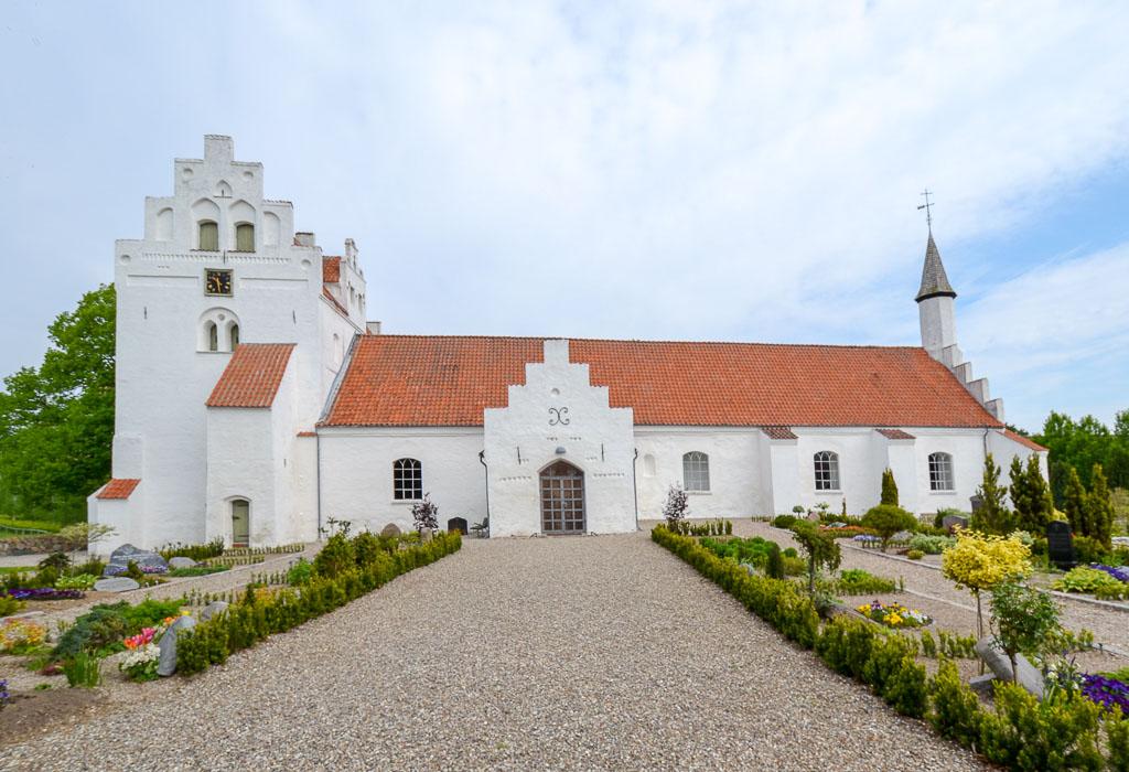 Mesinge Kirke foto 1
