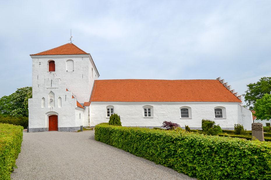 Munkebo Kirke 1