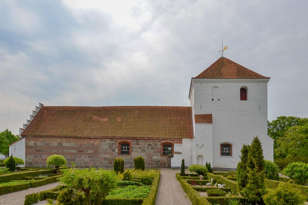 Munkebo Kirke 2