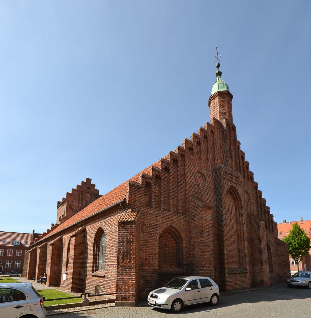 Sankt Laurentii Kirke foto 1