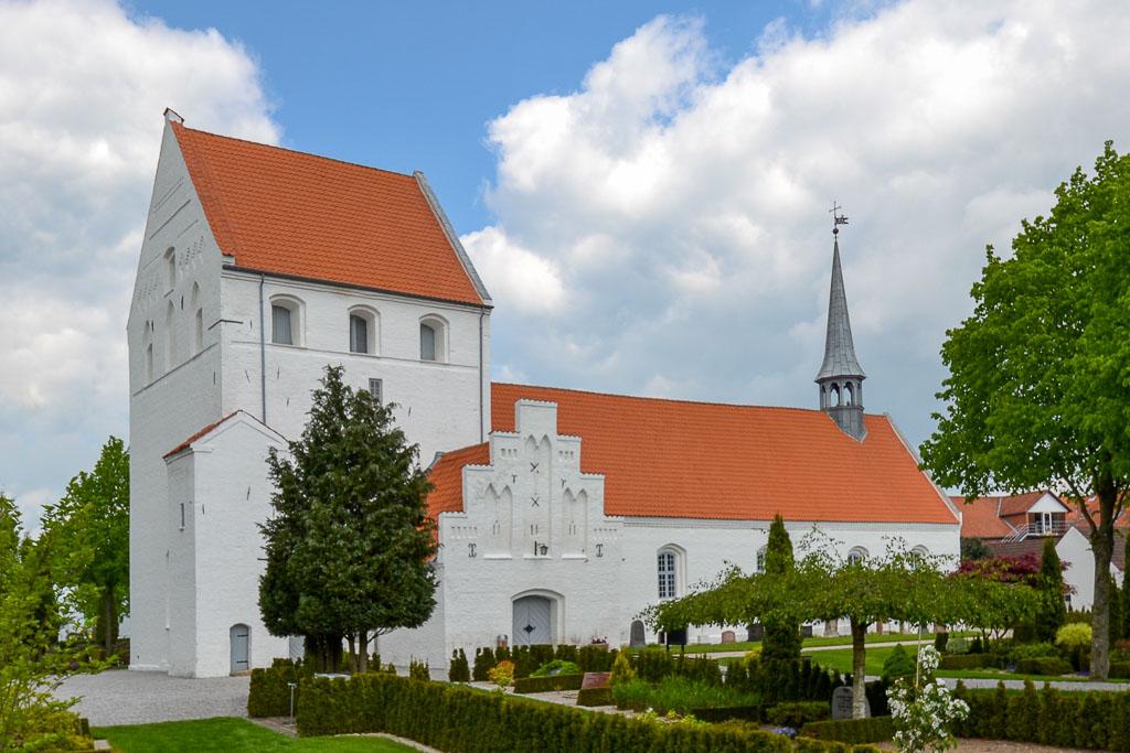 Vissenbjerg Kirke foto 2