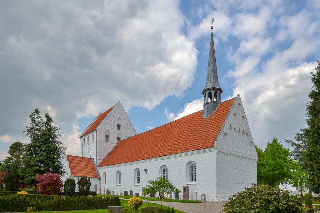 Vissenbjerg Kirke foto 3