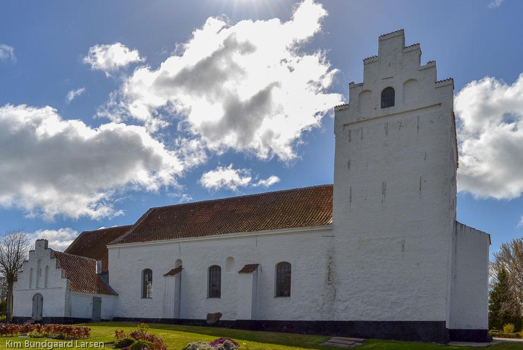 Bøstrup Kirke foto 1