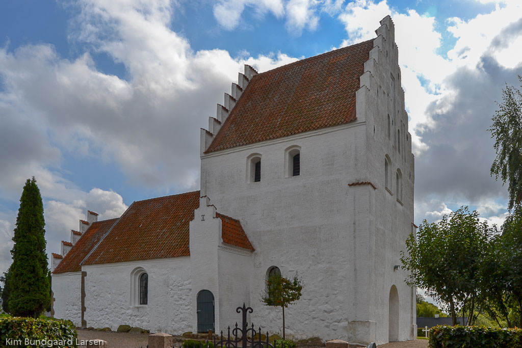 Brudager Kirke foto 1