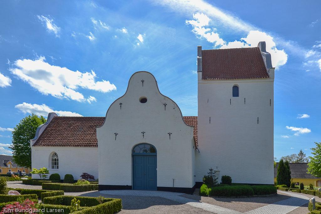 Højby Kirke ved Odense foto 1