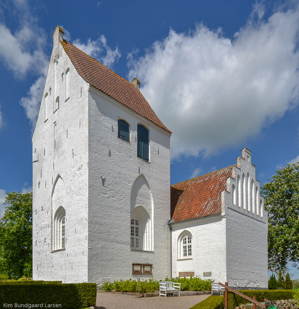 Sankt Mikaels Kirke (Sdr Næraa Kirke) foto 2