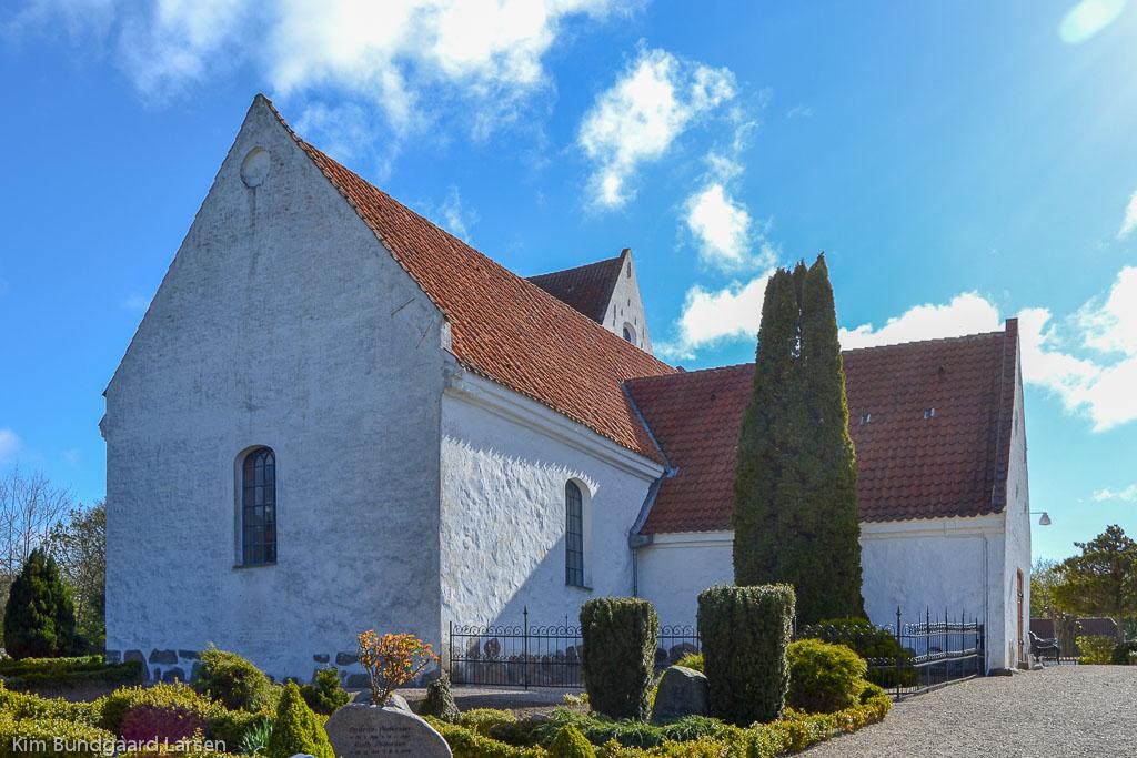 Simmebølle Kirke foto 1
