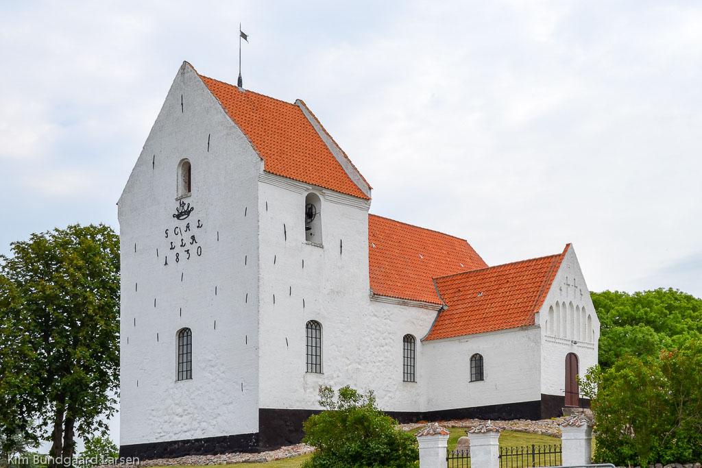 Tryggelev Kirke foto 2